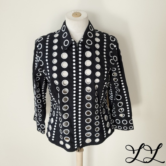 Spanner Blouse Black White Circles Embroidery Zip